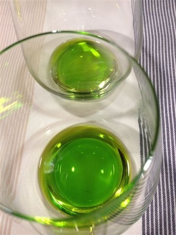 Parecen licor de menta pero son aceites vírgenes extra de la nueva cosecha 2013