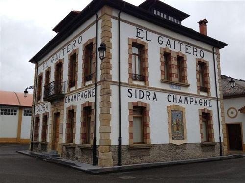 Antiguo edifio de oficinas hoy convertido en museo