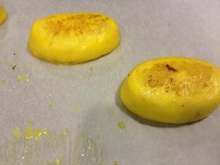 Flanes ovoidales obtenidos sin leche ni baño María, especialmente cremosos y ligeros