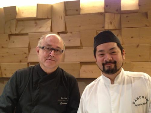 Ricardo Sanz y Agustin Murata en la barra de Kabuki
