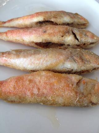 Salmonetes  recién fritos